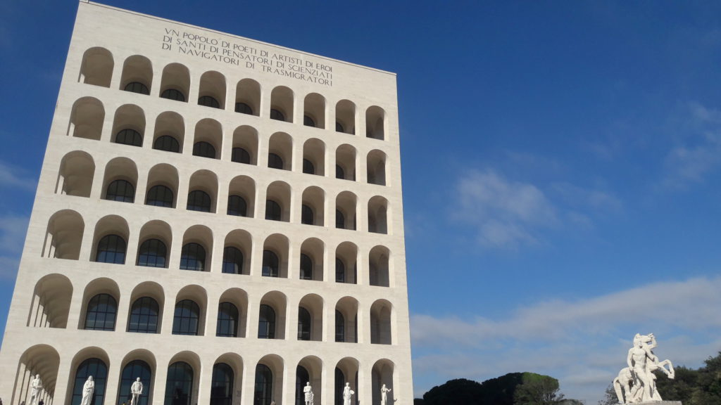 Roma Eur Palazzo della Civiltà Fendi