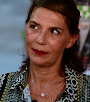 Giovanna Hugues arguta social casalinga fiorentina