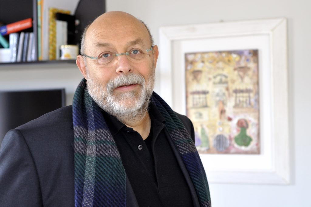 incontro letterario con l'autore Mario PIni