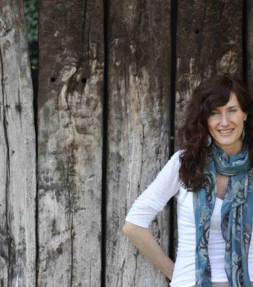 """Diana Tedoldi ci aiuta a """"riconnetterci"""" con Terra e Vita"""