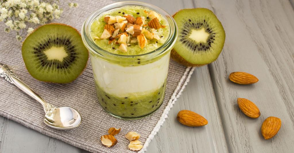 Frutta secca e kiwi